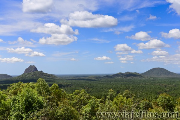Glass House Mountains NP