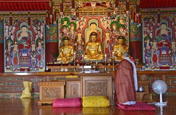 Interior de Haedong Yonggungsa