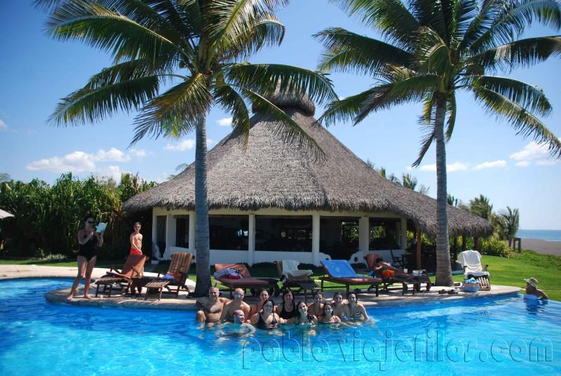 Hotel dos Mundos en la costa del Pacífico de Guatemala