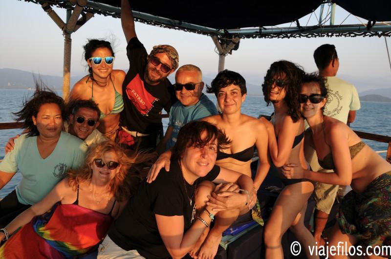 Navegación en el mar de Tailandia, un viaje de dos semanas en el sudeste