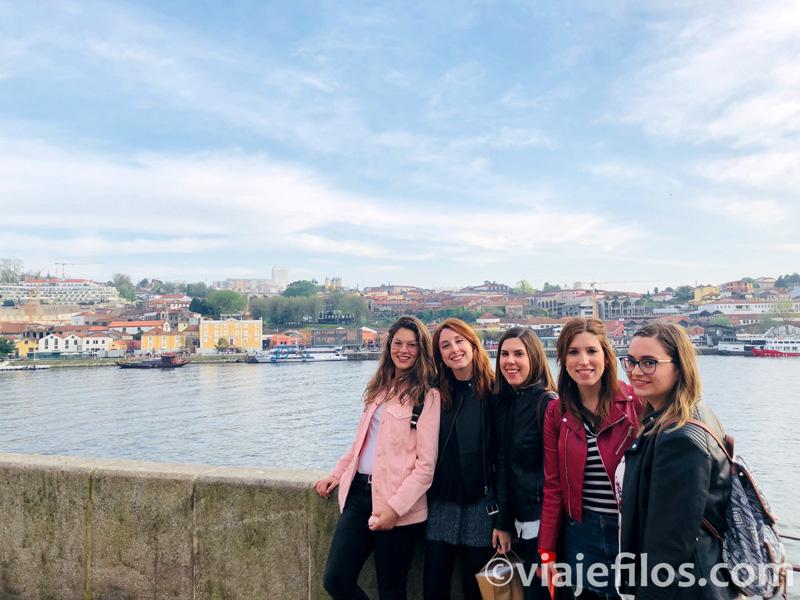 Vistas de la ribera del Duero a su paso por Oporto
