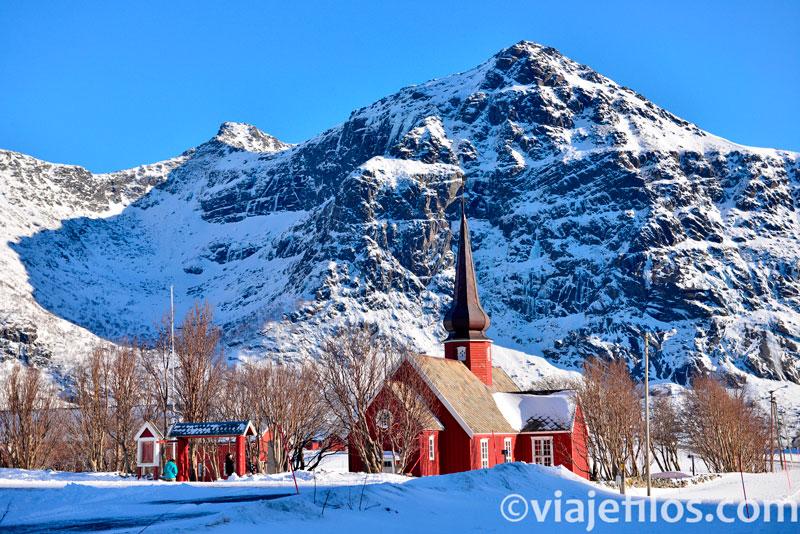Iglesia de Flakstad, una de las mejores vistas de Lofoten
