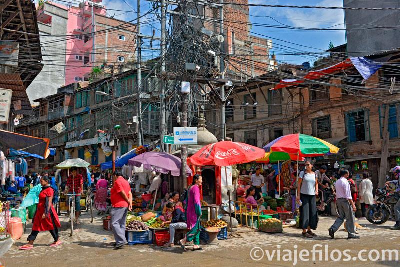 Asan Tole, en el abigarrado centro histórico de Kathmandú
