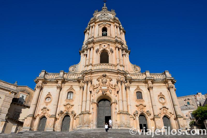 Catedral de San Jorge de Modica, escala básica de un viaje a Sicilia en coche
