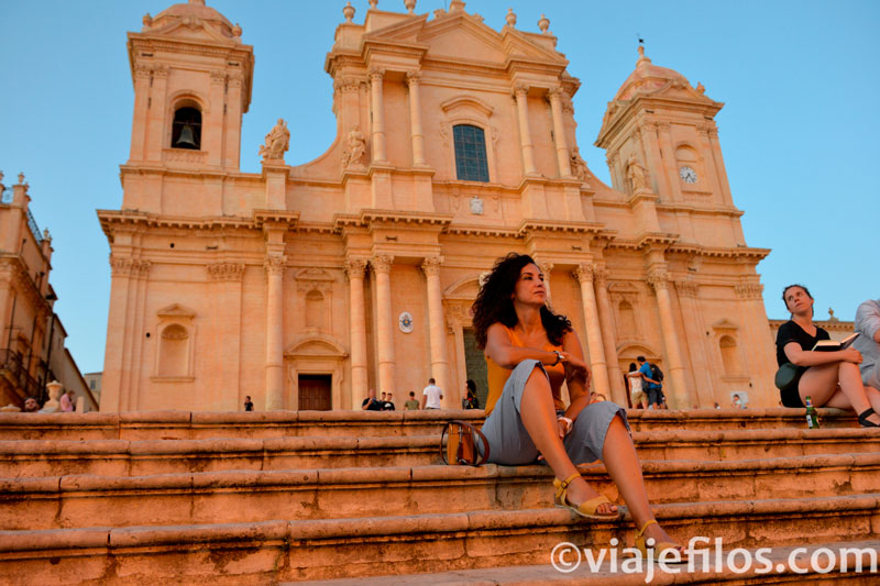 Iglesia de San Francisco de Noto, escala básica de un viaje a Sicilia en coche