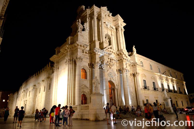 Catedral de Siracusa, una escala imprescindible de un viaje a Sicilia