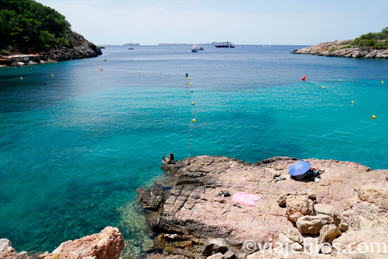 Cala Salada y cala Saladeta en Ibiza