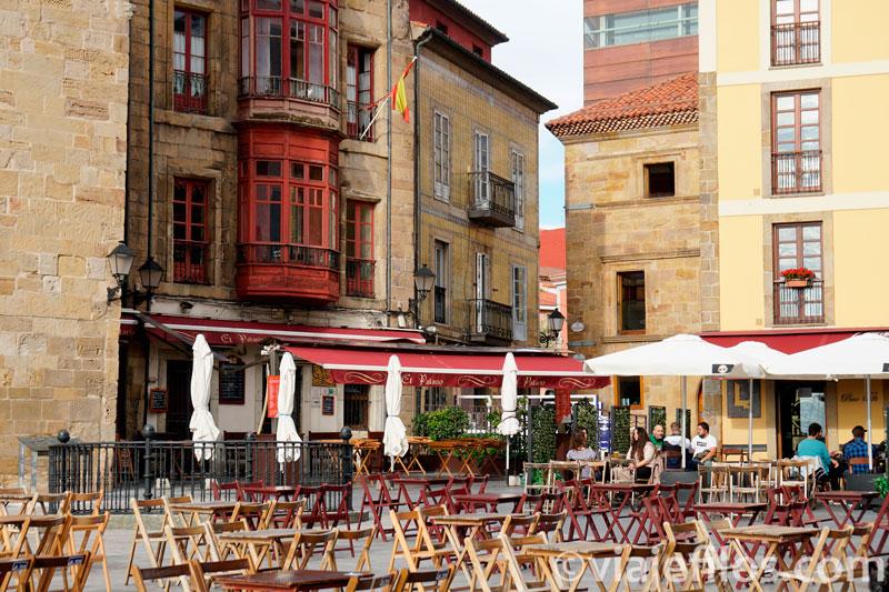 La plaza del Marqués de Gijón, el mejor lugar para el atardecer gijonés