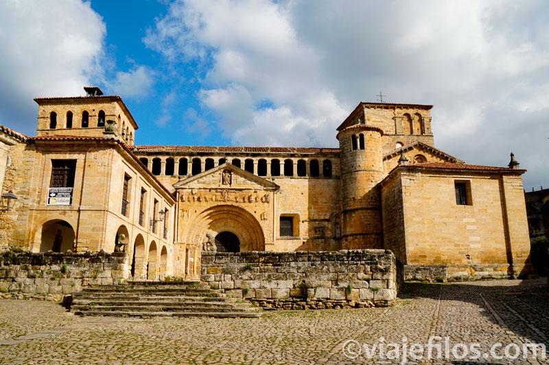 Colegiata de Santa Juliana del Mar del siglo XII