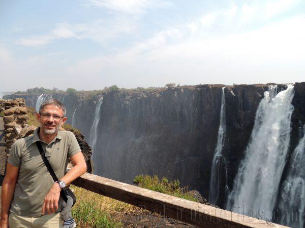 Vista de las cataratas Victoria desde Zambia