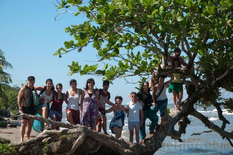 En las playas del Caribe de Guatemala, Livingston