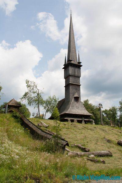 Iglesias de madera de Marumares