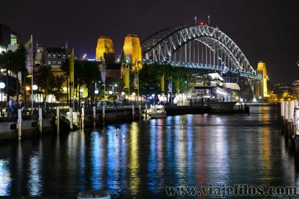 Bahía de Sydney de noche